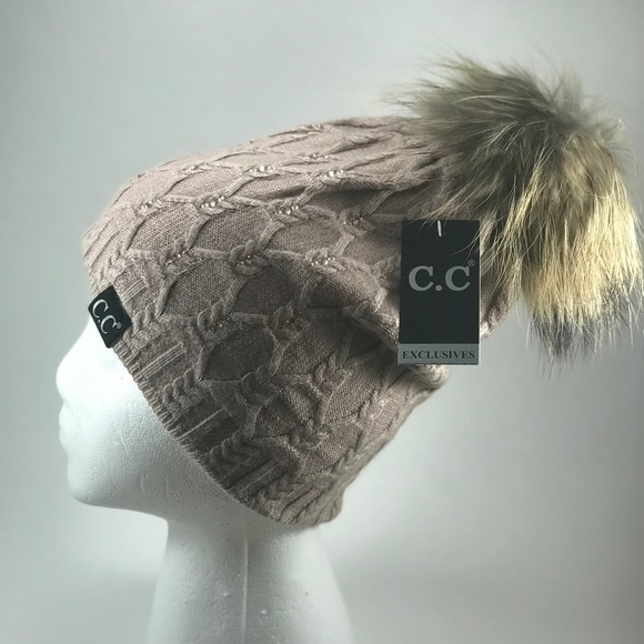 NWT Black Label Crystal CC Beanie Fur Pom Rose 0f8fad6dfa5